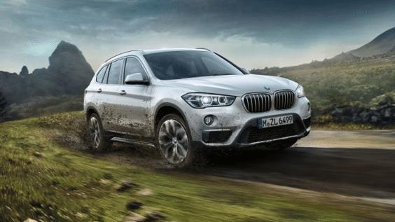 BMW Teaser Bild im Gelände